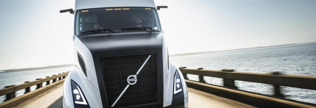 Volvo SuperTruck on a bridge