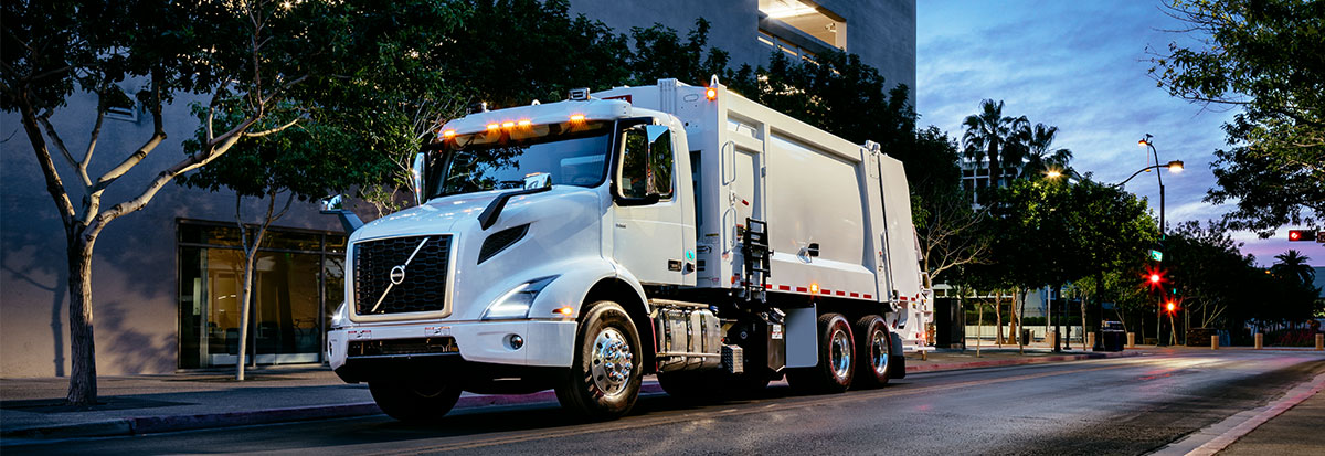 Volvo Trucks White VNR - Refuse_Hero
