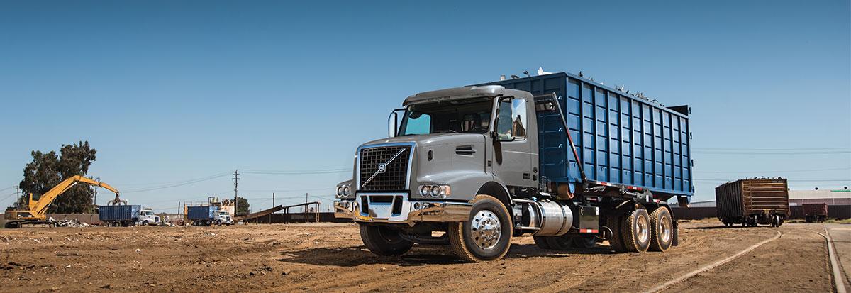 Volvo Trucks VHD - RollOff_Hero