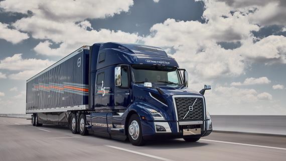 Volvo Trucks celebrates the 25th anniversary of VNL