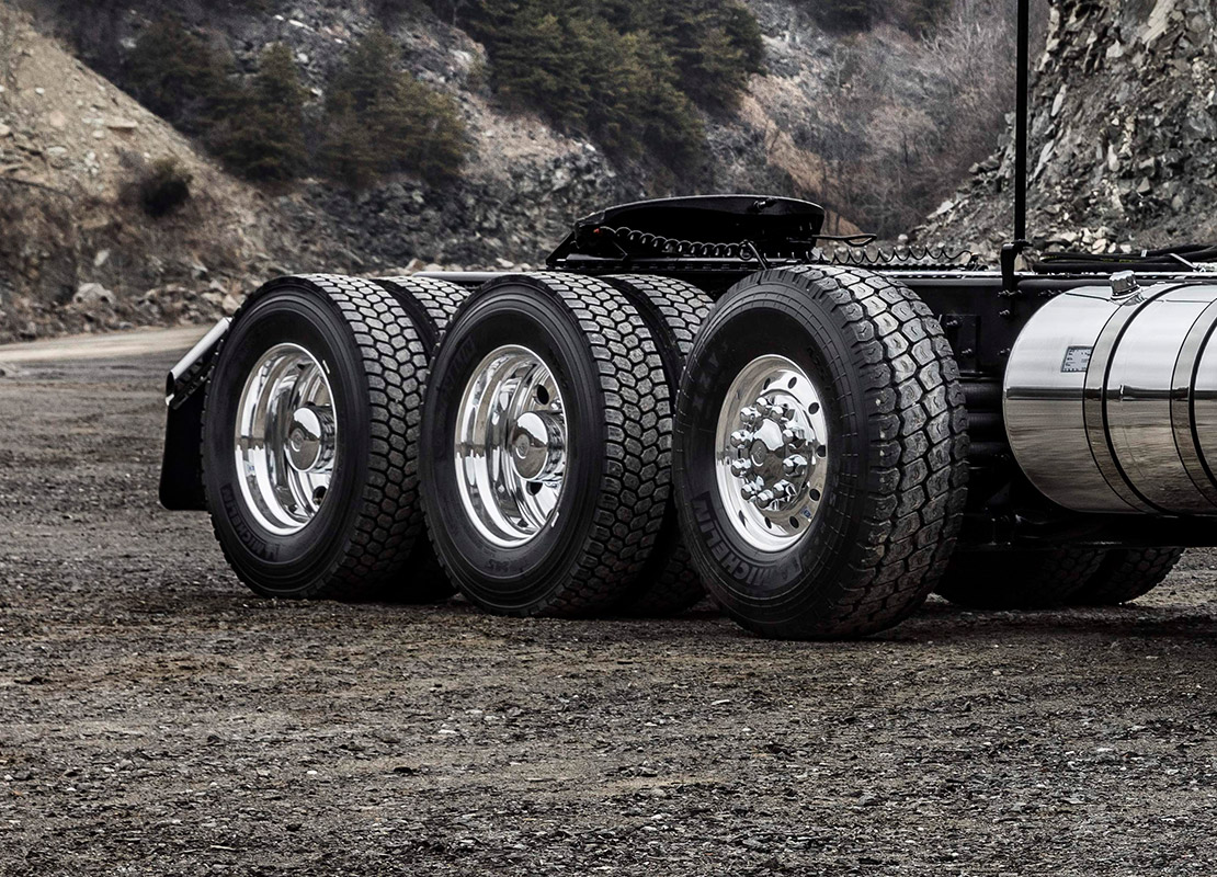 Premium heavy-duty suspension rated up to 52,000 lbs