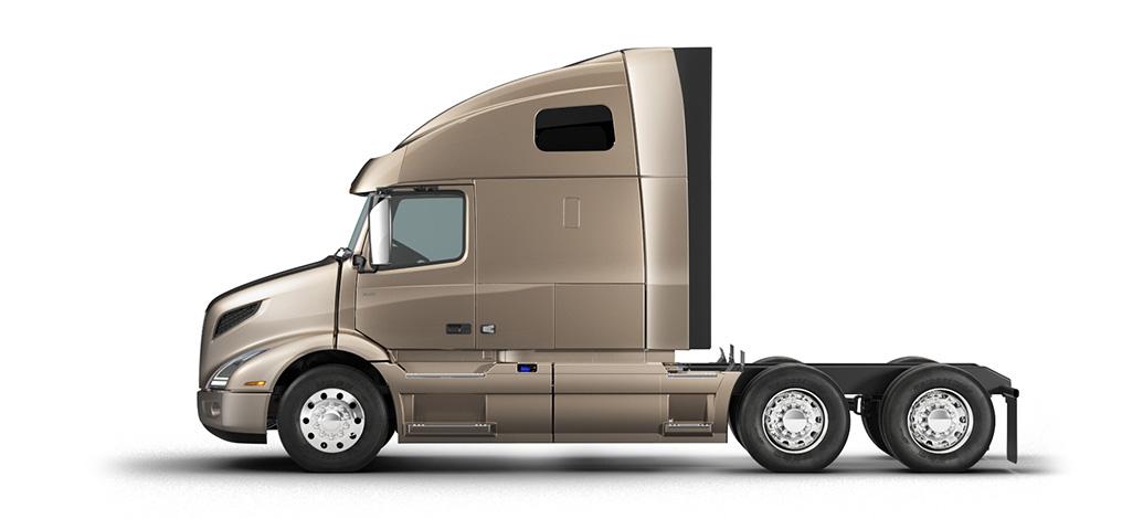 Volvo Trucks VNR 660 side view
