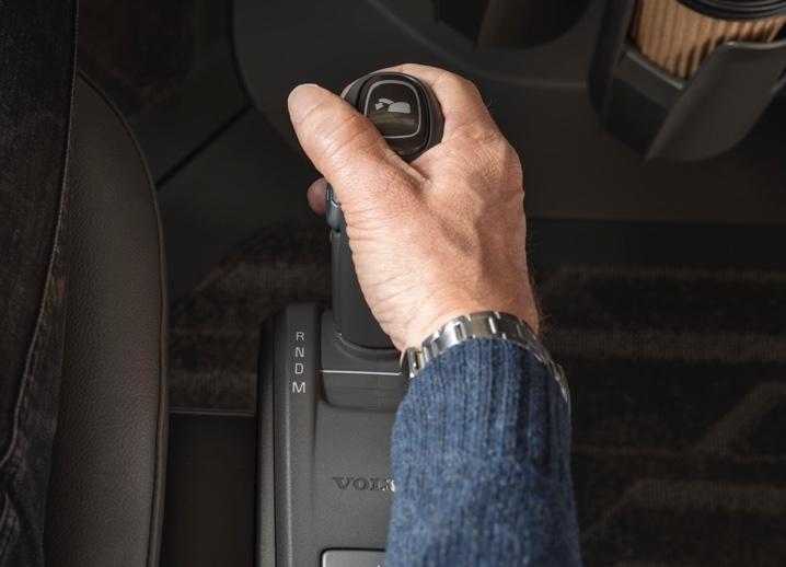 Volvo Trucks VNX I-Shift with Crawler Gears